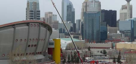 Construction Hydraulic Crane Lift Saddledome - Stampede Crane & Rigging