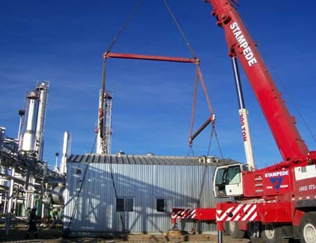 Oil Gas Crane Lift Services - Stampede Crane & Rigging